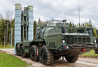 S-400 long-range air defense missile system