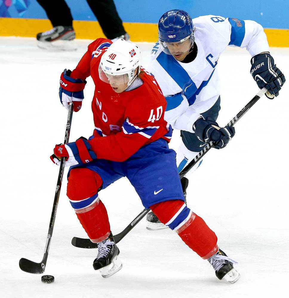 Russia is to play Norway for the right to meet Finland