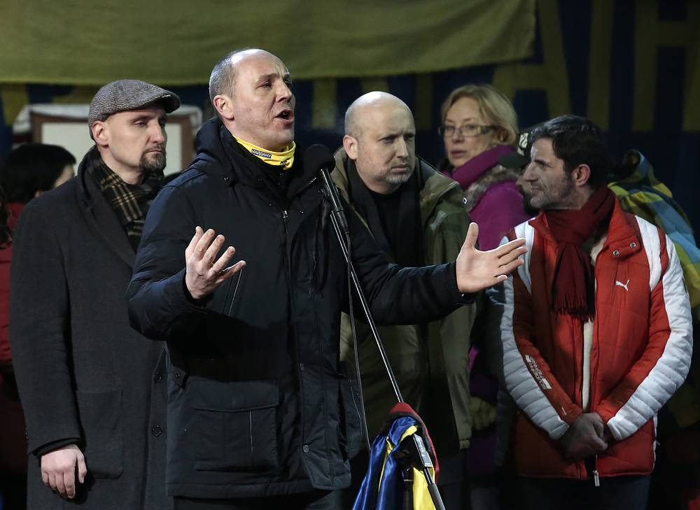 Andriy Parubiy (center), candidate for secretary of the National Security and Defence Council