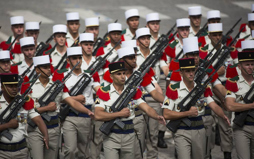 French Foreign Legion troops