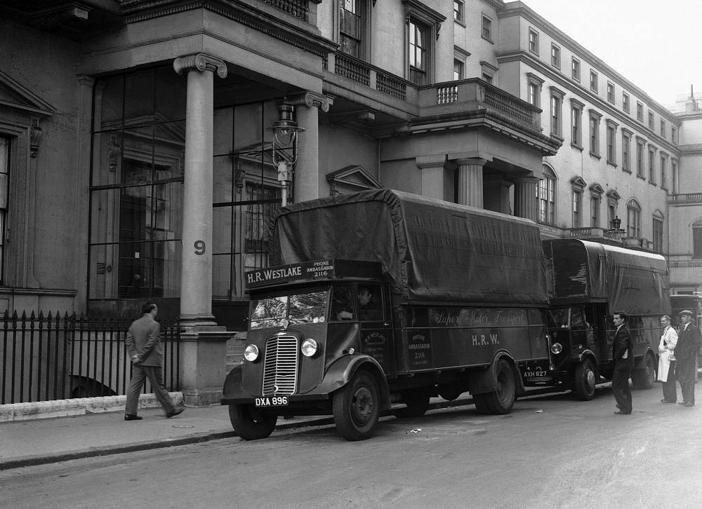German embassy gets ready to move after the procalmation of war on September 4, 1939