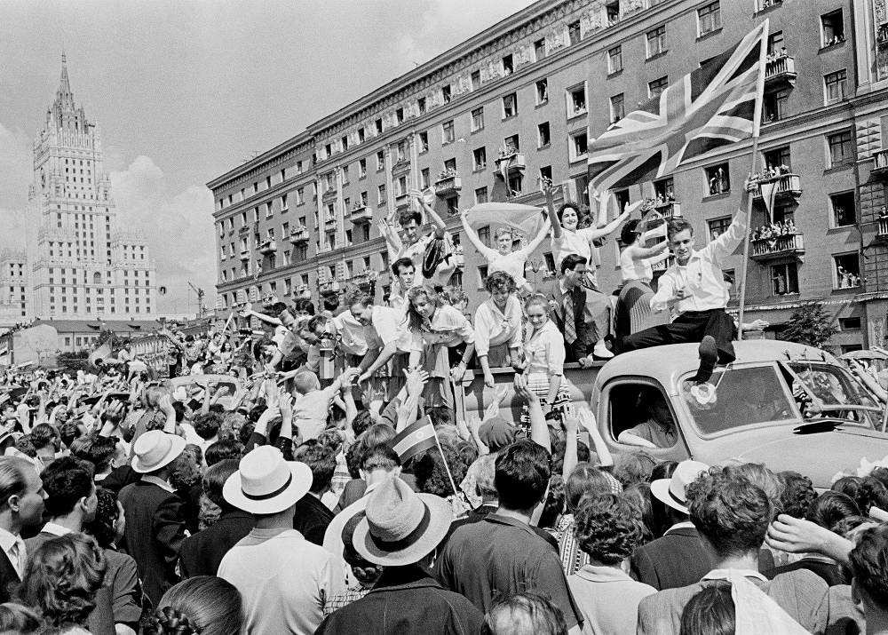 VI International Festival of Youth and Students in Moscow, 1957. British delegation during the festival parade