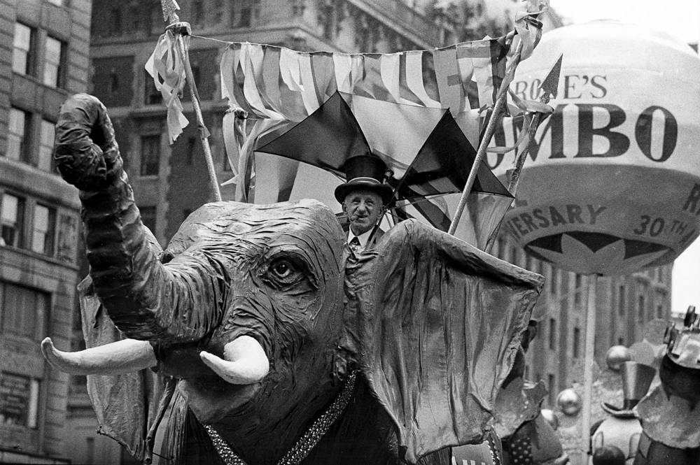 Macy's Thanksgiving Day Parade in New York City in 1962