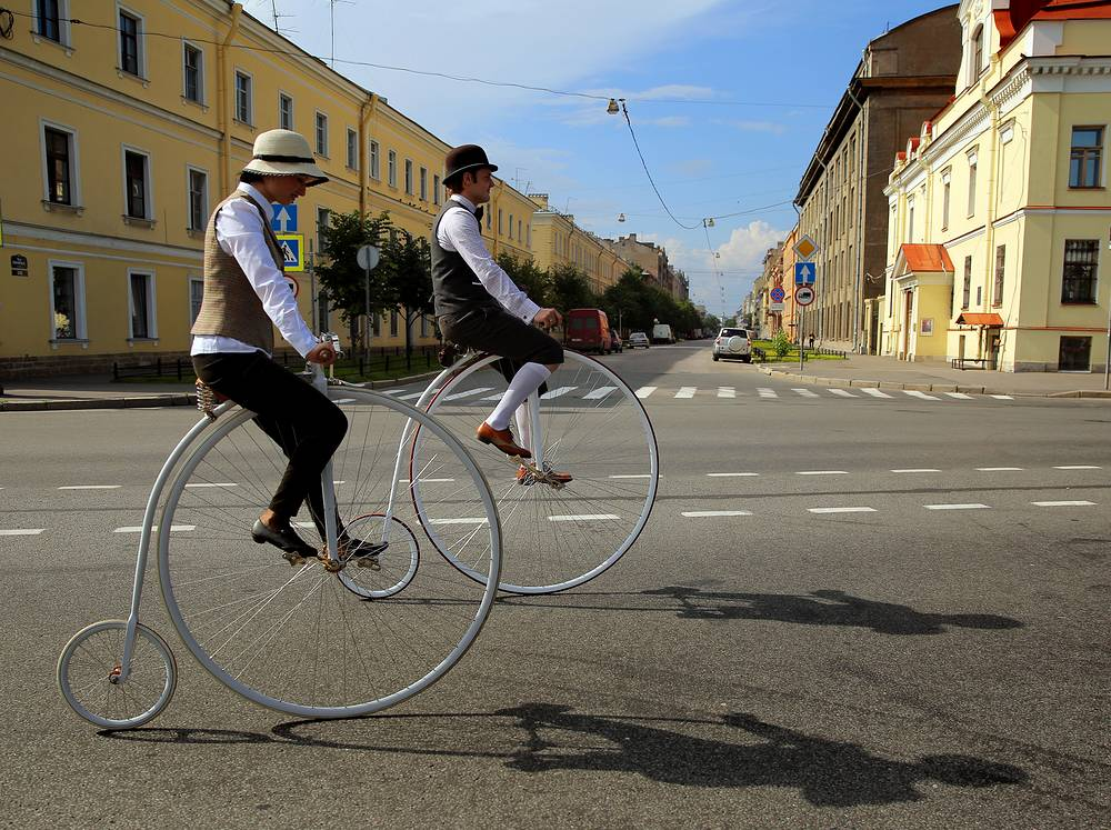 Men take part in a tweed ride in downtown St.Petersburg