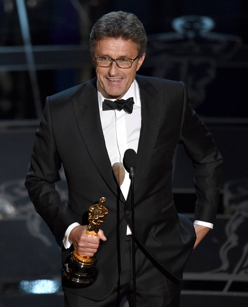 """""""Ida"""", directed by Poland's Pawel Pawlikowski, won the Oscar for Best Foreign Language Film, defeating Russia's """"Leviathan"""" by Andrey Zvyagintsev. Photo: Pawel Pawlikowski accepting the award"""