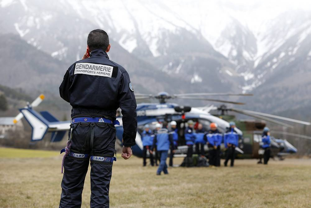 Two airplanes and 15 helicopters are engaged in transport operations and investigation work