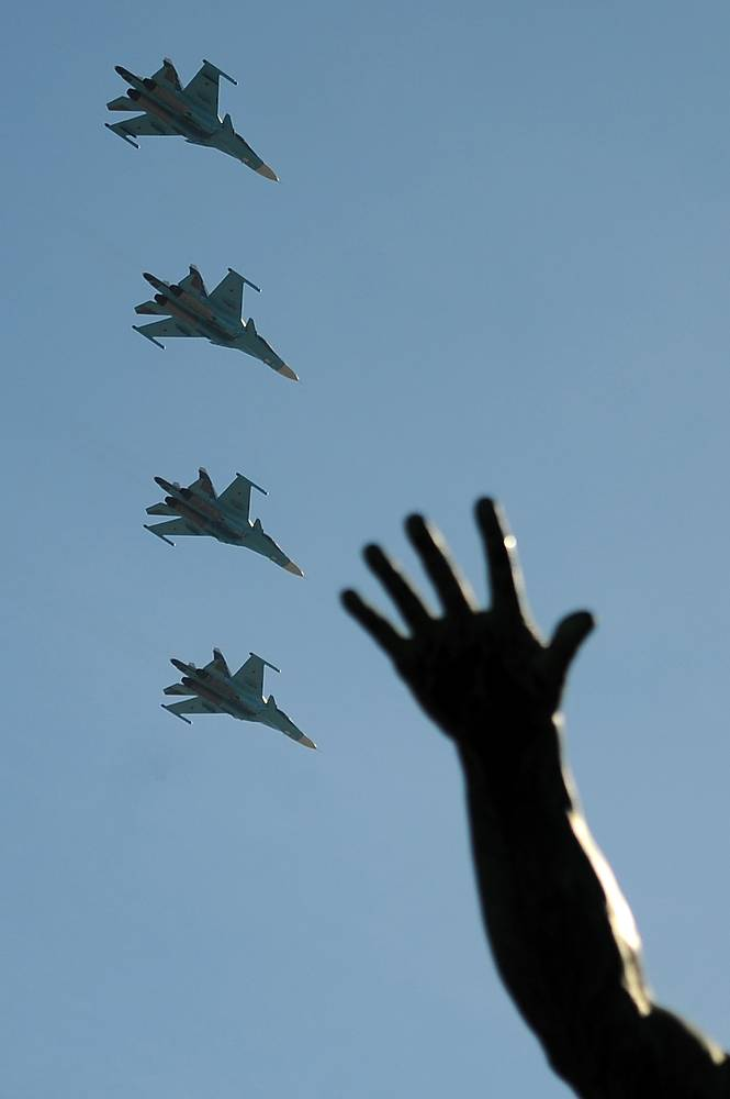 Su-34 can also carry out air-to-air missions