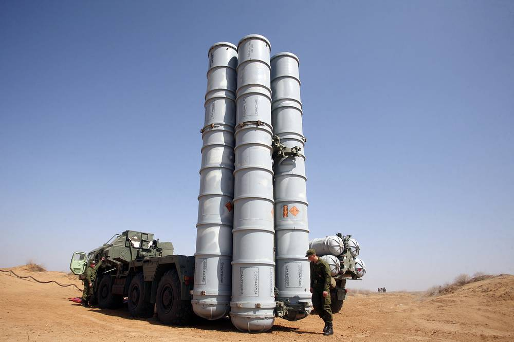 S-300 long range surface-to-air missile system (NATO reporting name SA-10 Grumble) are designed to defend major facilities from air attacks