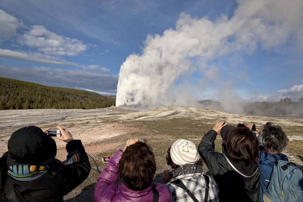 Yellowstone National Park located in the US state of Wyoming is the first national park in the world. The park] is known for its wildlife and many geothermal features, especially Old Faithful Geyser