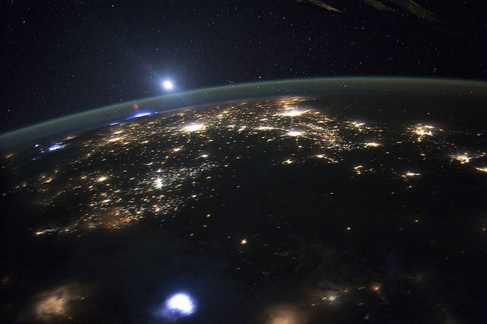 Red Sprites Above the US and Central America