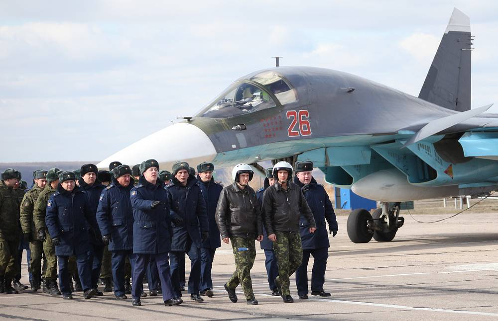 Russian Aerospace Force pilots during the arrival ceremony in Voronezh Region