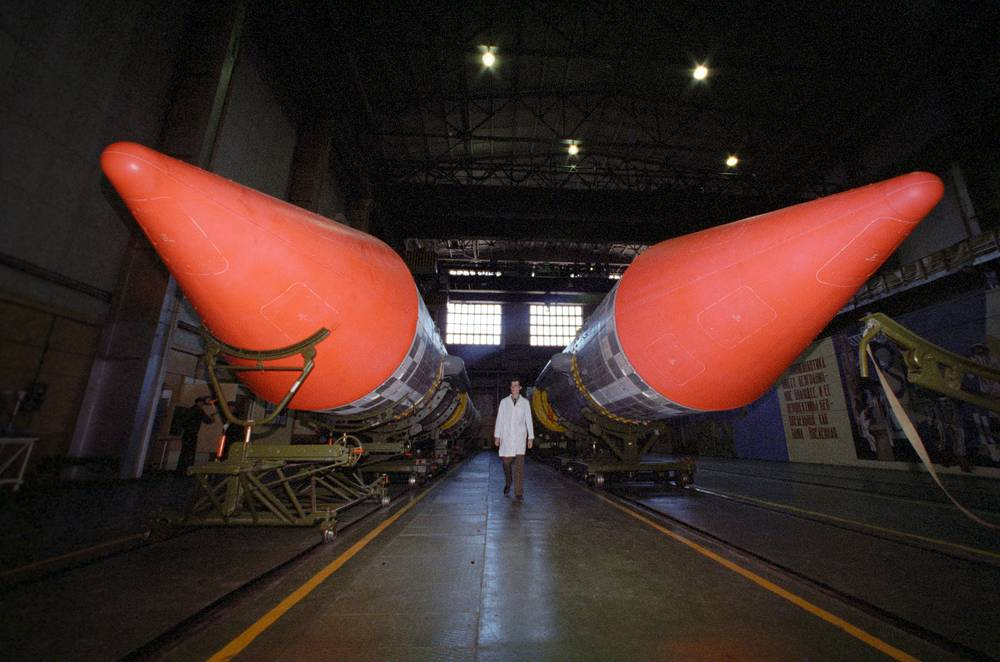 Rockets being prepared for transportation to the launching site at Plesetsk cosmodrome, 1996