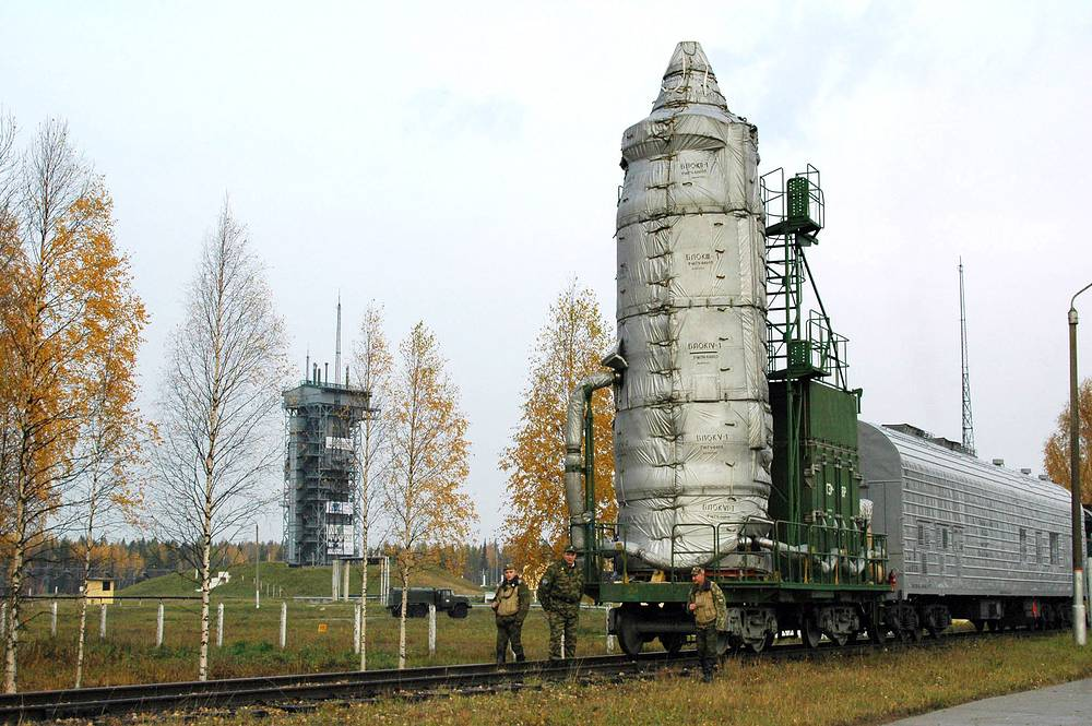 Rokot launch vehicle at Plesetsk spaceport, 2005