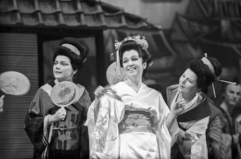 Soprano Galina Vishnevskaya as Cio-Cio-san in a scene from Giacomo Puccini's opera Madama Butterfly, 1966