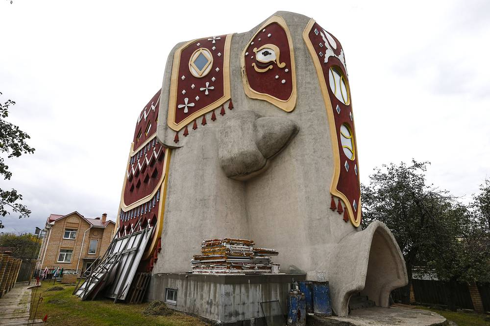 An elephant shaped house in the village of Ostrovtsy near Moscow. Inside - four floors, connected by a spiral staircase