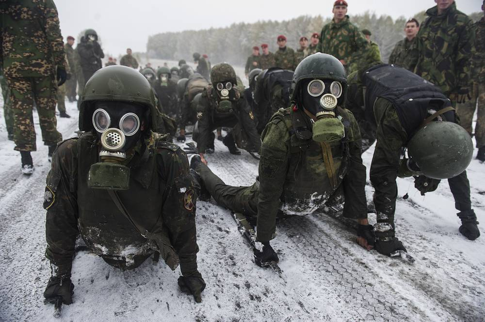 Special task force and reconnaissance units members of the Russian Federal National Guard Troops Service take a qualification test to earn the maroon beret, Novosibirsk region, October 12