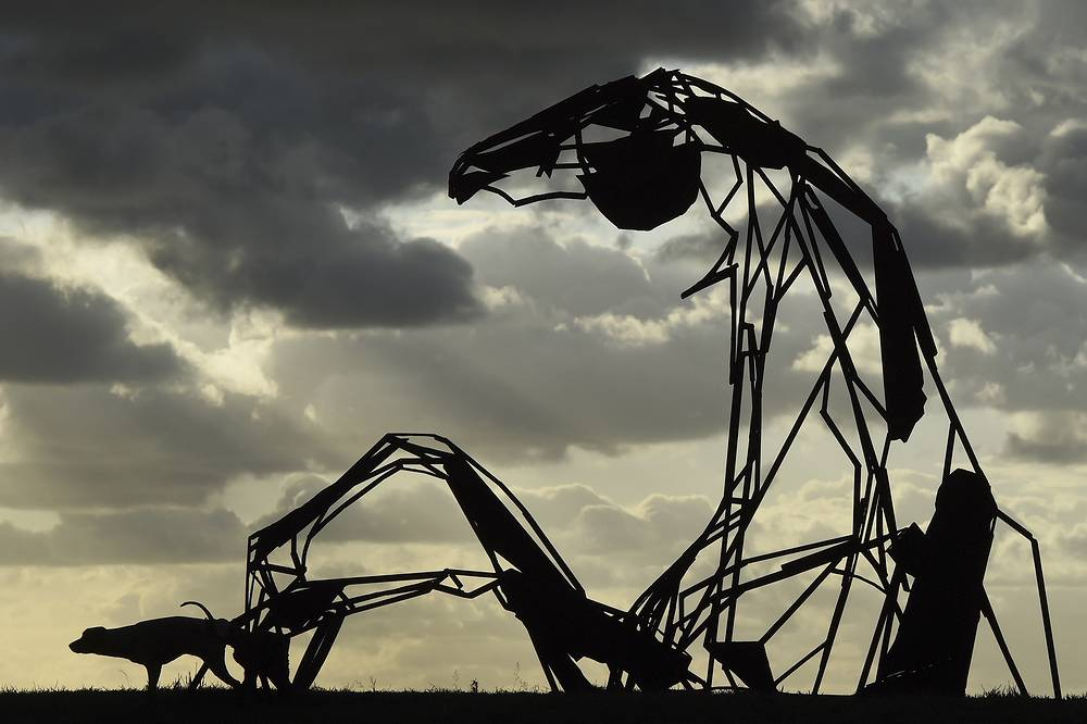 Sculpture 'Transition' by Australian artist Harrie Fasher