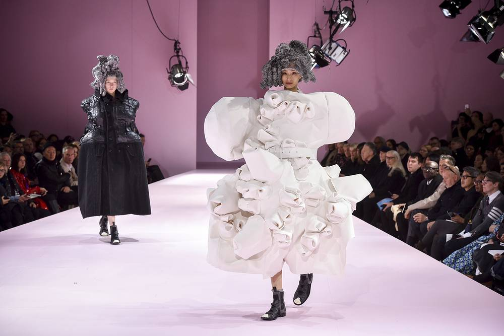 Models wear creations for Comme des Garcons Fall-Winter 2017/2018 ready to wear fashion collection in Paris, France, March 4