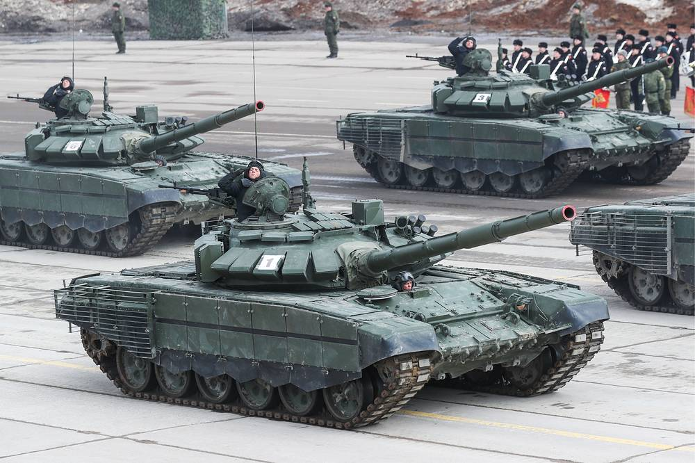 T-72B3 battle tanks