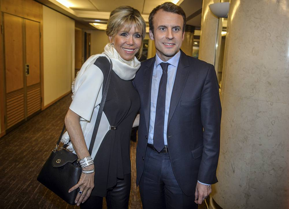 Emmanuel Macron and his wife Brigitte Macron attend the annual dinner of the Representative Council of France's Jewish Associations (CRIF) in Paris, February 22, 2017