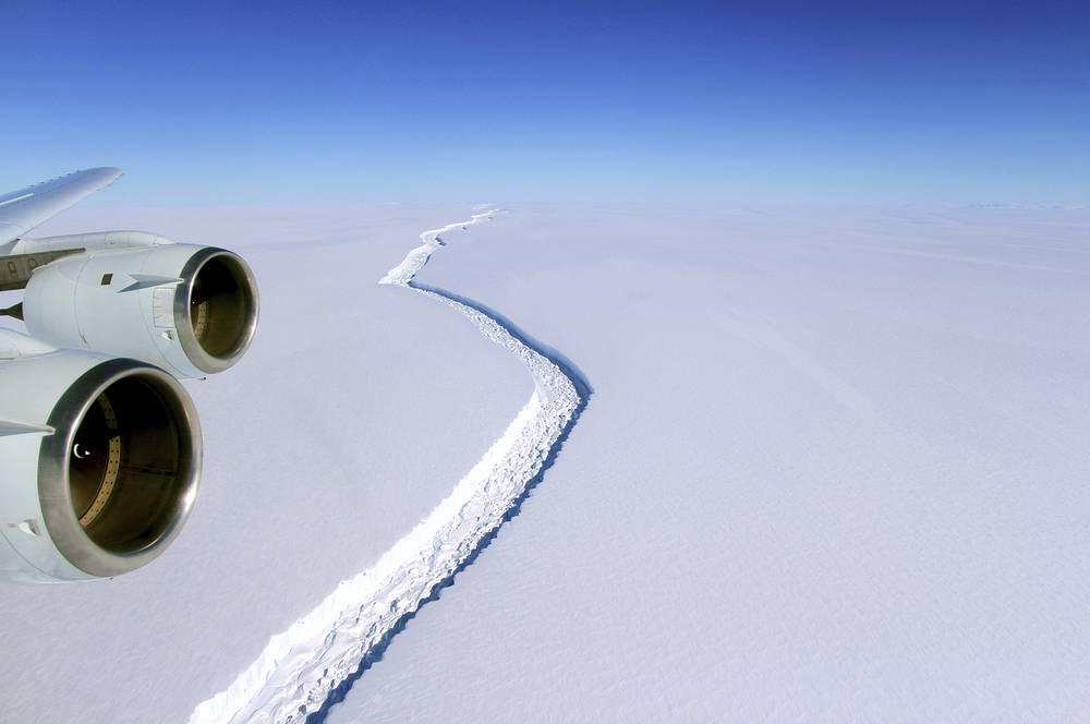An aerial photo showing a rift in the Antarctic Peninsula's Larsen C ice shelf, 2016