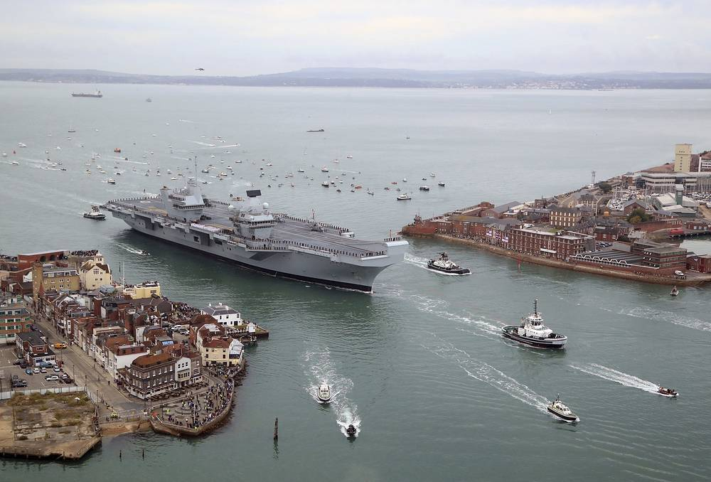Britain's new flagship HMS Queen Elizabeth arrives in Portsmouth, its home port in southern England, Augist 16