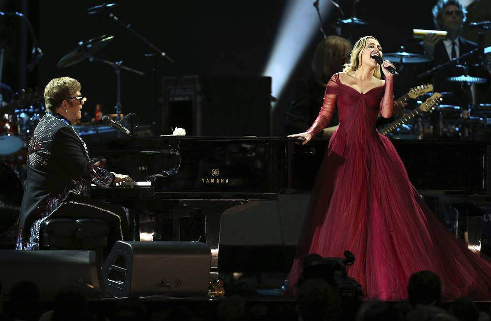"""Elton John and Miley Cyrus perform """"Tiny Dancer"""" at the 60th annual Grammy Awards at Madison Square Garden  in New York, USA, January 28"""