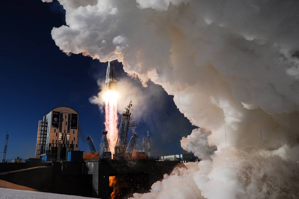 The launch of a Soyuz 2.1a rocket booster with a Frigate upper stage block from the Vostochny Cosmodrome, Russia, February 1