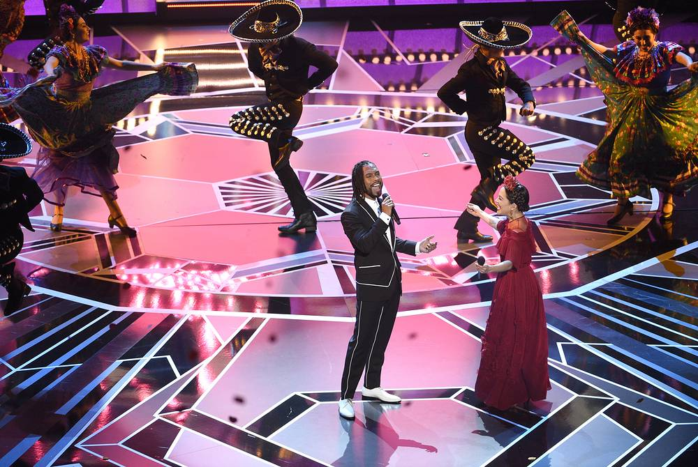 "Miguel and Natalia Lafourcade perform ""Remember Me"" from ""Coco"" at the 90th annual Academy Awards ceremony at the Dolby Theatre in Hollywood"