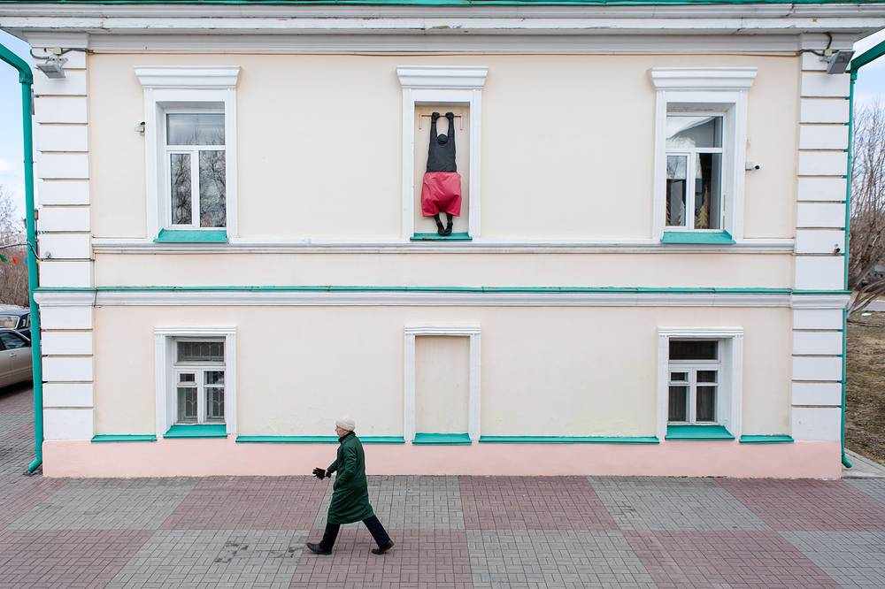 A monument to a lover in Tomsk