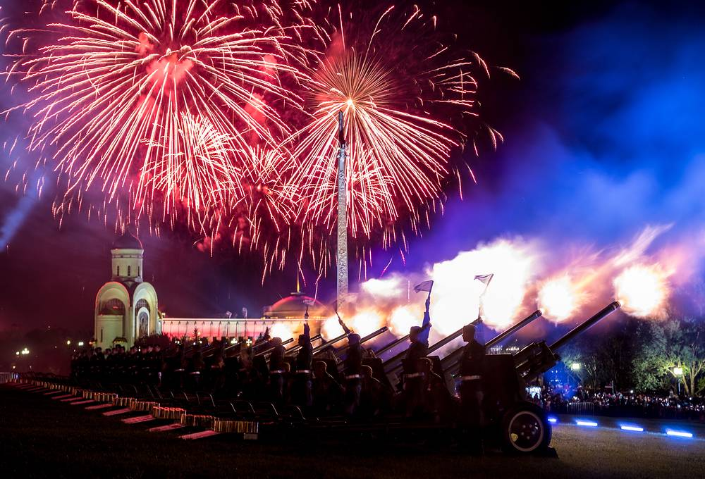 Fireworks light up the sky over Moscow's Poklonnaya Hill during celebrations of the 73rd anniversary of the Victory over Nazi Germany in the 1941-45 Great Patriotic War, the Eastern Front of World War II, May 9