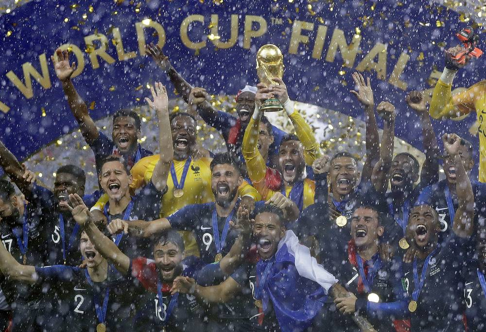 France goalkeeper Hugo Lloris holds the trophy aloft after the final match between France and Croatia at the 2018 World Cup in the Luzhniki Stadium in Moscow, July 15