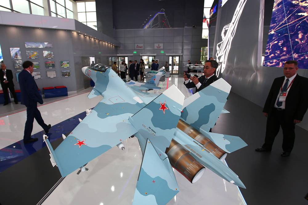 Model of Sukhoi Su-30SM multirole fighter aircraft