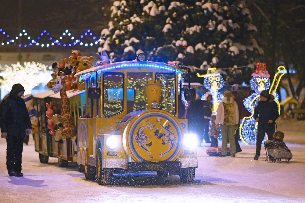 A Christmas train in a festively decorated street in Ryazan