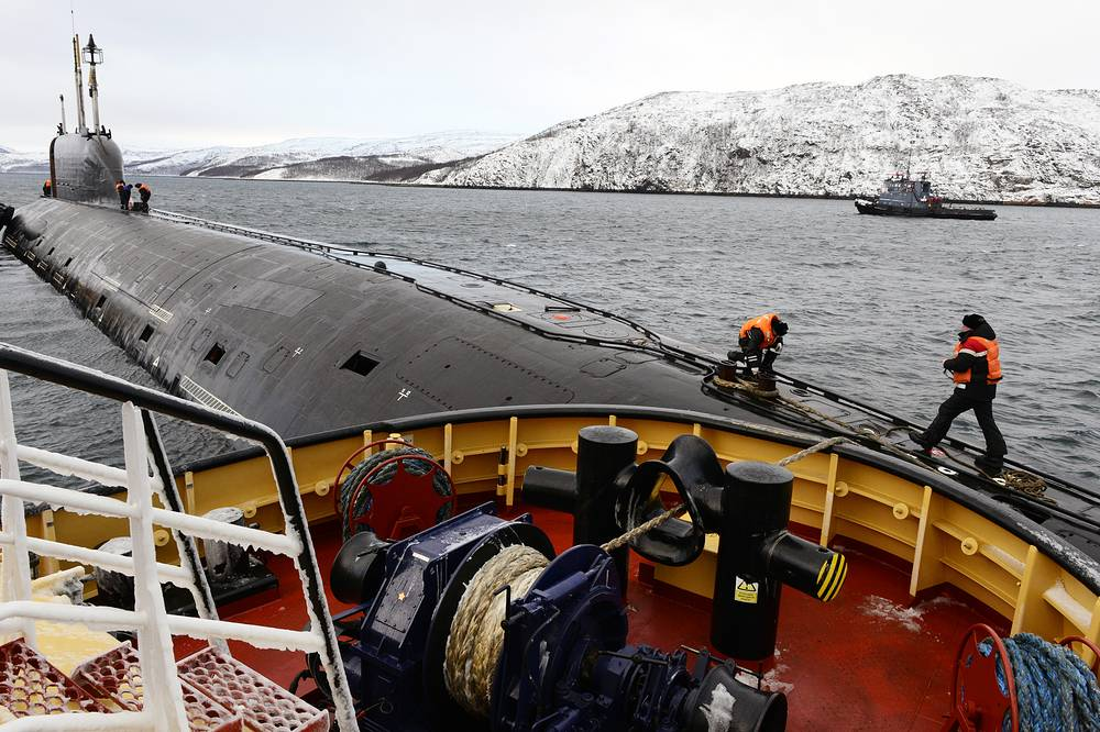The Project 885 submarine is armed with eight vertical silos for Oniks and Kalibr cruise missiles, ten 533mm torpedo tubes with an ammunition load of 30 torpedoes each. Submarines of this type can be eventually armed with new Kh-101 (Kh-102) cruise missiles and universal deep-water homing torpedoes