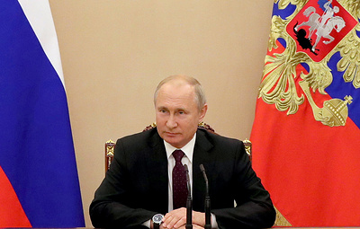 Putin says understands people are tired, but COVID-19 is dangerous adversary