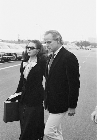 The actor had three wives, had lots of romantic affairs. Photo: Marlon Brando with his wife Anna Kashfi in 1972