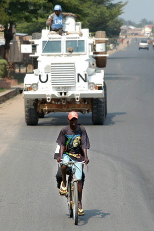 Mission in Burundi. The civil war in Burundi (1993-2005) was a conflict between the Tutsi and the Hutu ethnic groups. The death toll of the conflict stands at 300,000 people