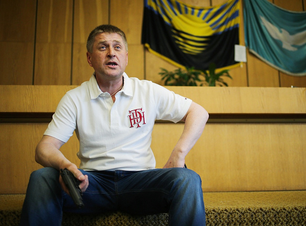 """Vyacheslav Ponomaryov, popular mayor of Sloviansk: """"If sanctions are not lifted, we shall completely deny them any access, and they will not get here. I will remind this once again to my guests from the OSCE. I believe, the EU will abandon the sanctions."""""""