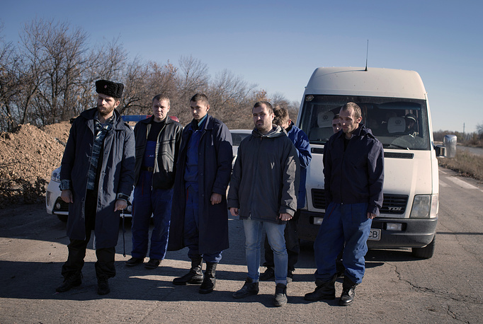 Seven prisoners have been handed over to the Ukrainian side, while Kiev has set free eight militias