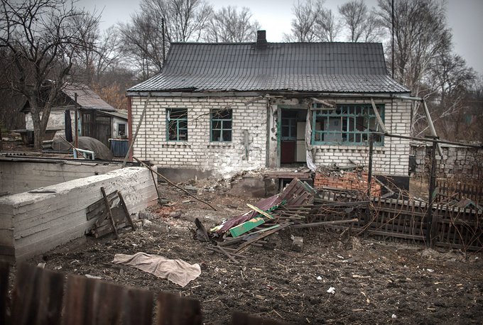 More than 508 thousand people fled to neighboring  countries. Photo: House in Pervomaisk where two people were killed as a result of shelling