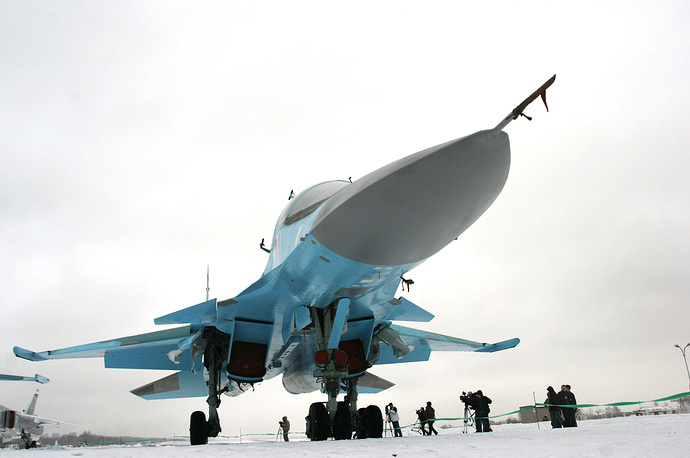 Su-34 fighter jet at an airfield in Novosibirsk