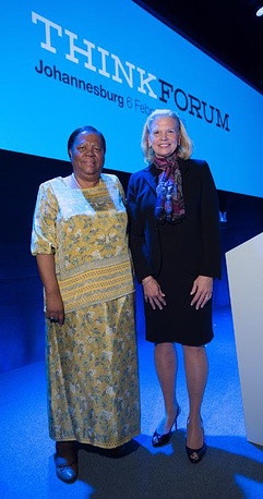 At the launch of IBM's Research lab in Johannesburg, Minister of Science and Technology, Naledi Pandor (left) and IBM Chairman, President and CEO, Ginni Rometty (right). (Credit : IBM)