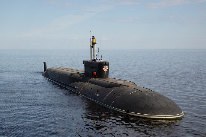 A Borei-class submarine is 170 meters long and 13.5 meters wide. Photo: Russia's Borei-class strategic submarine Vladimir Monomakh (Project 955) built by the Sevmash shipyard