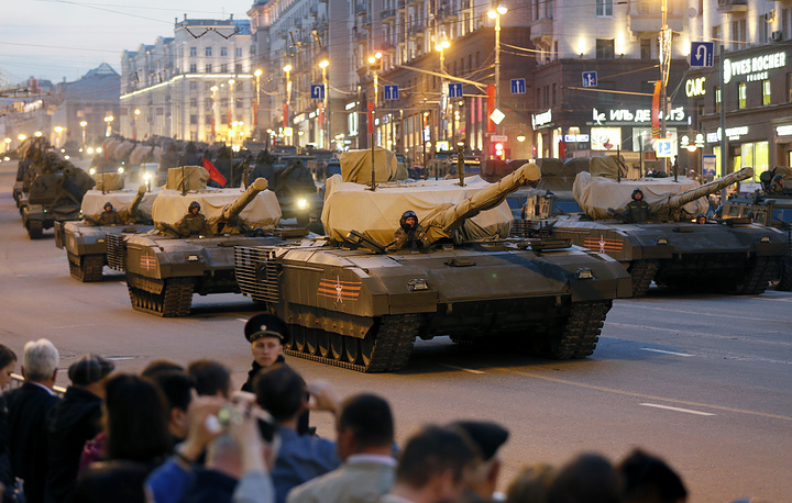 Russia's new Armata T-14 tanks