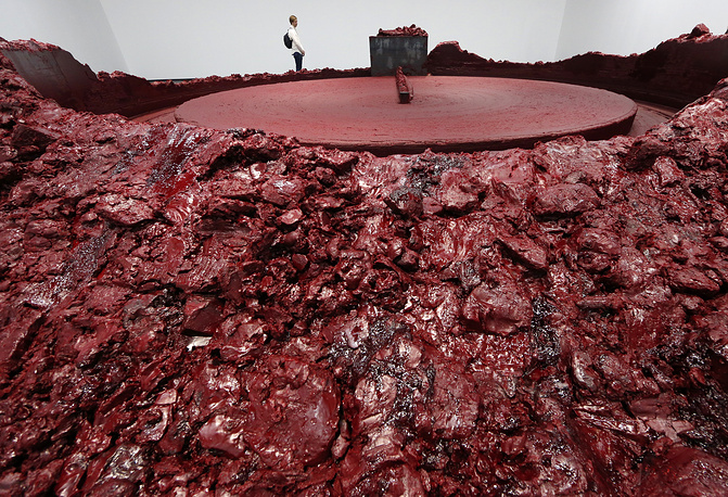 'My Red Homeland, 2003' of Anish Kapoor