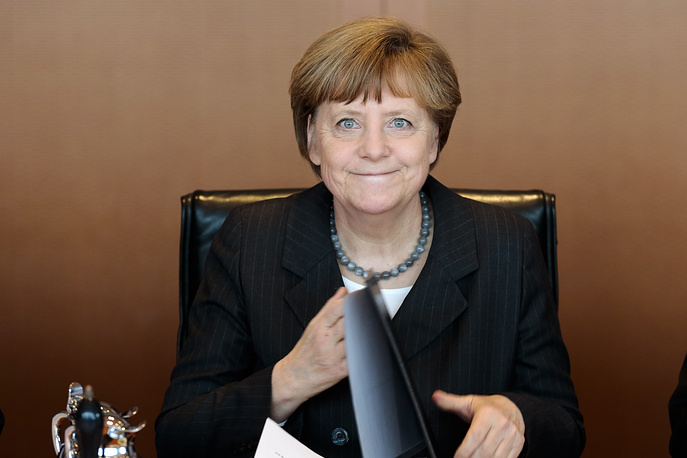 Angela Merkel leading the weekly cabinet meeting of her government at the chancellery, April 1, 2015 in Berlin
