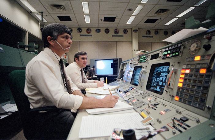 In the Mission Control Center in a few minutes after the announcement of a state of emergency. м which was blamed on faulty o-rings in the shuttle's booster rockets.