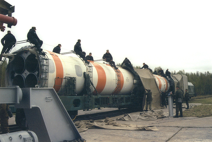 A Kosmos-3M rocket carrier with a satellite of the Kosmos series prepared for launch at Plesetsk cosmodrome, 2002