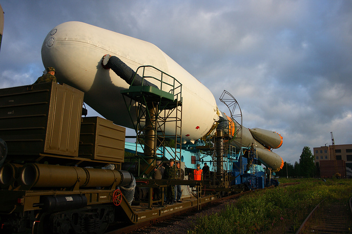 Soyuz 2 rocket carrying a Kosmos series military satellite being transported to the launch pad at Plesetsk cosmodrome, 2008